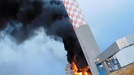 Project video   Pennguard saved steel chimney flue after FGD plant fire
